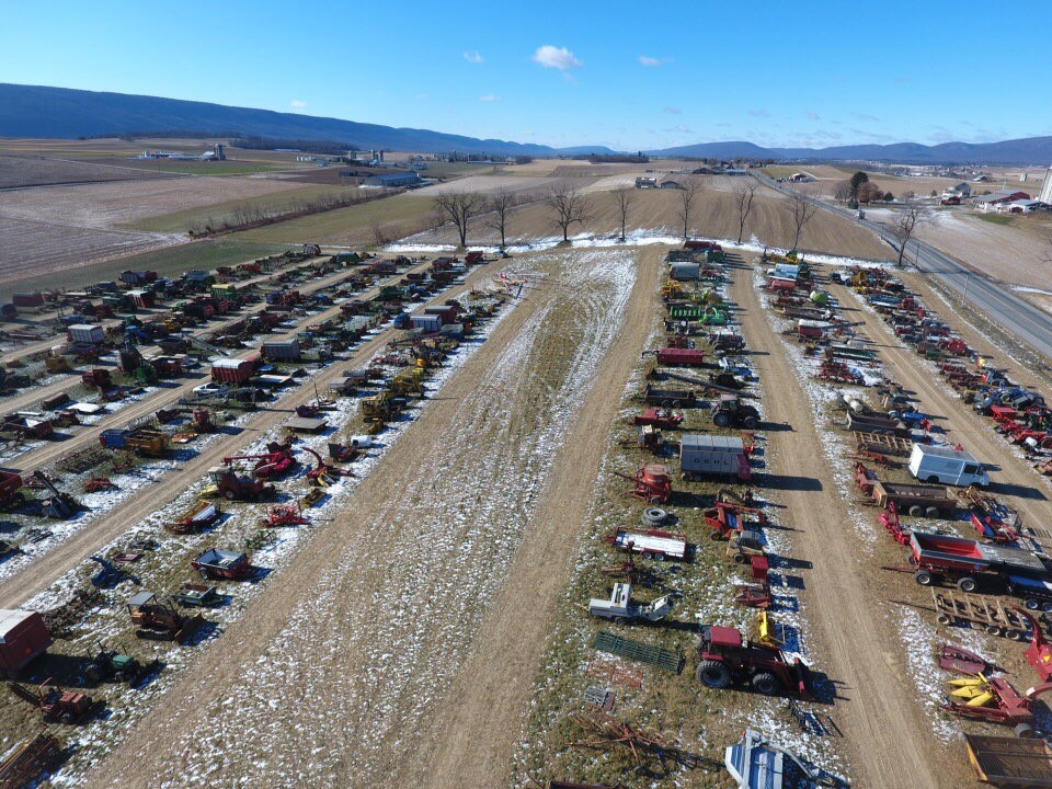Hoover's 15th Annual New Years Day Auction